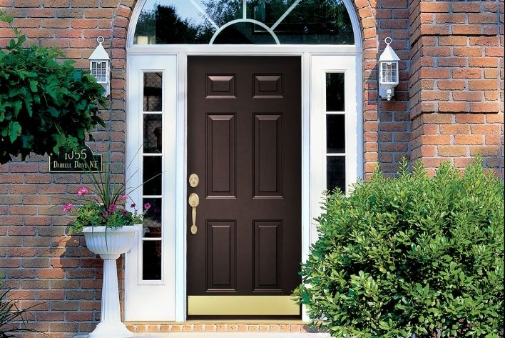 How to Know When it's Time to Replace a Door